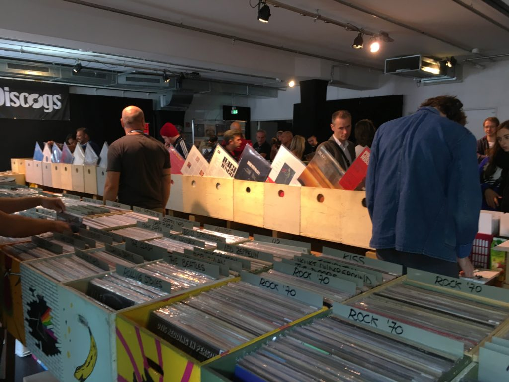 The record fair in full progress